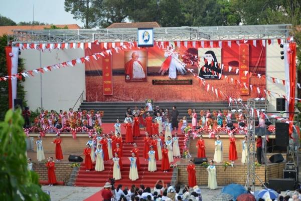TTMV: Đại lễ Lòng Thương Xót Chúa (23.4.2017)