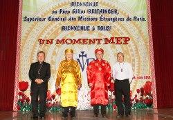 Huế: Lễ Ngọc Khánh linh mục của cha GB Etcharren