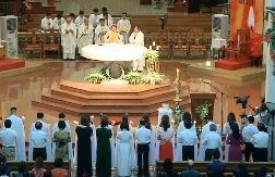Nhà thờ Chính tòa Sài Gòn: Thánh lễ Vọng Phục Sinh 2018