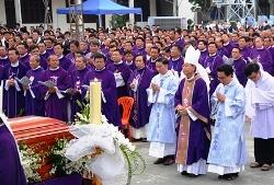 Thánh lễ An táng cha Phaolô Lê Tấn Thành: Bài giảng của Gm Phêrô Nguyễn Văn Khảm
