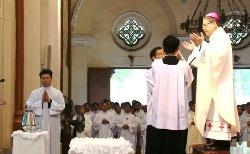 Nhà thờ Đức Bà Sài Gòn: Thánh lễ Truyền Dầu 2018
